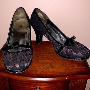 2.5 inch black lace heels by So